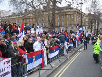 Srpske-demonstracije-u-Londonu